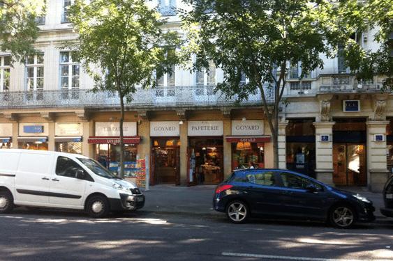 Papeterie à Nîmes (30)